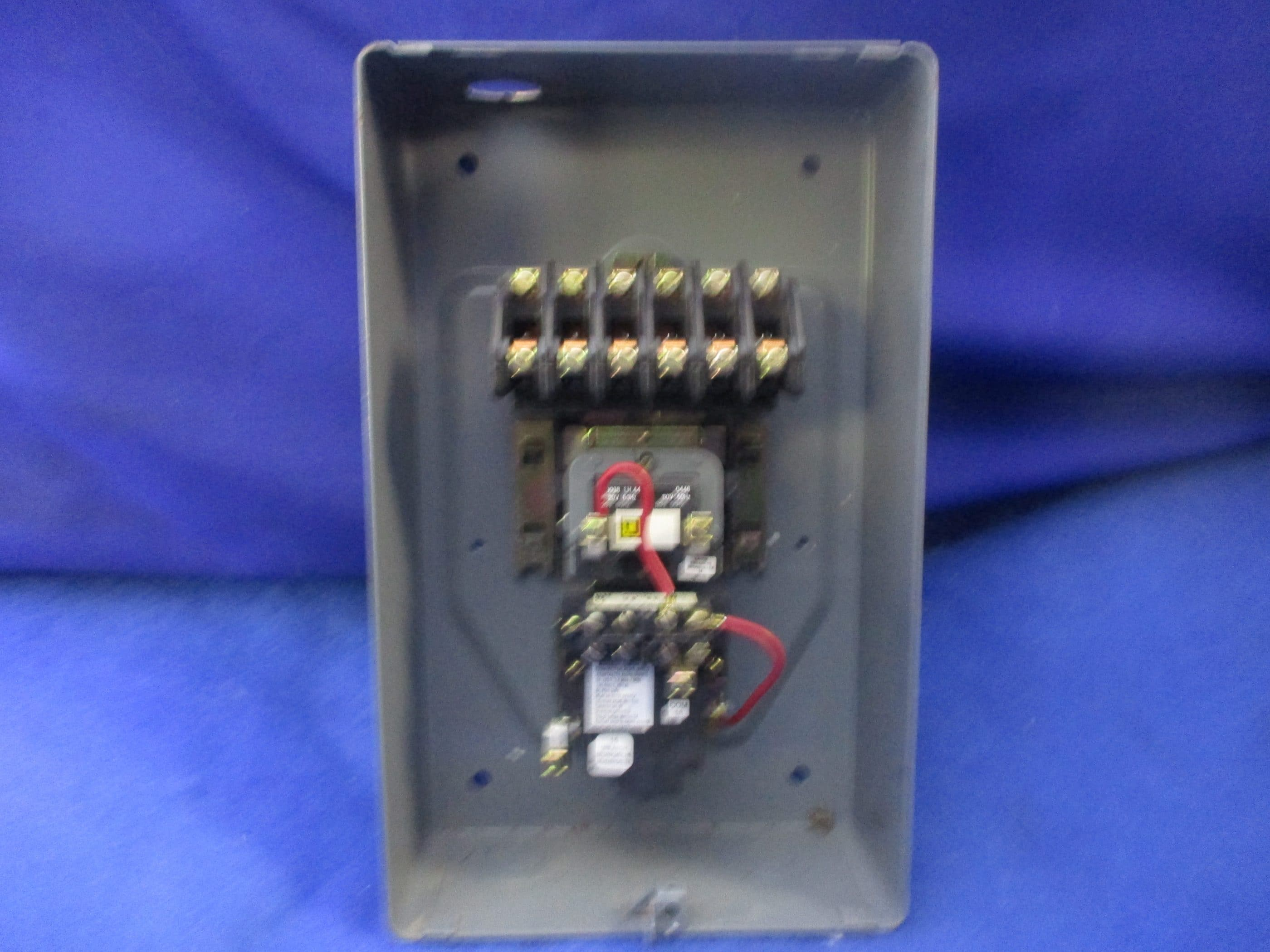 SQUARE D 20 AMP 6 POLE ENCLOSED LIGHTING CONTACTOR COIL 120 VAC 8903LX060  8903LXG60 1 YEAR WARRANTY ~ Integrity Electric Direct